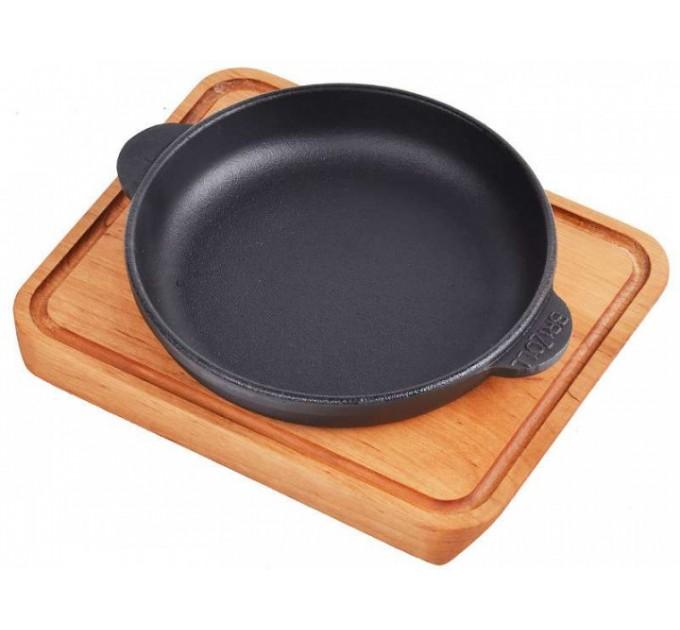 Сковорода чугунная BRIZOLL D14см с дощечкой (H1425-Д) - фото № 1